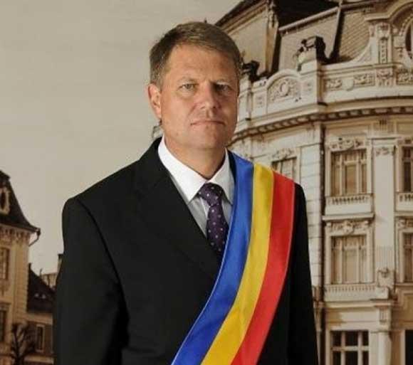 Mujeres lesbianas rumana en Presidencia 6922