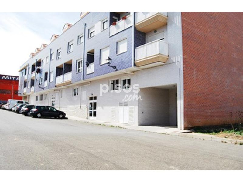 Tenemos piso por zona centro Mariano 400