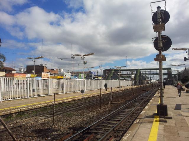 Estacion renfe en Grand Bourg sexo 4971