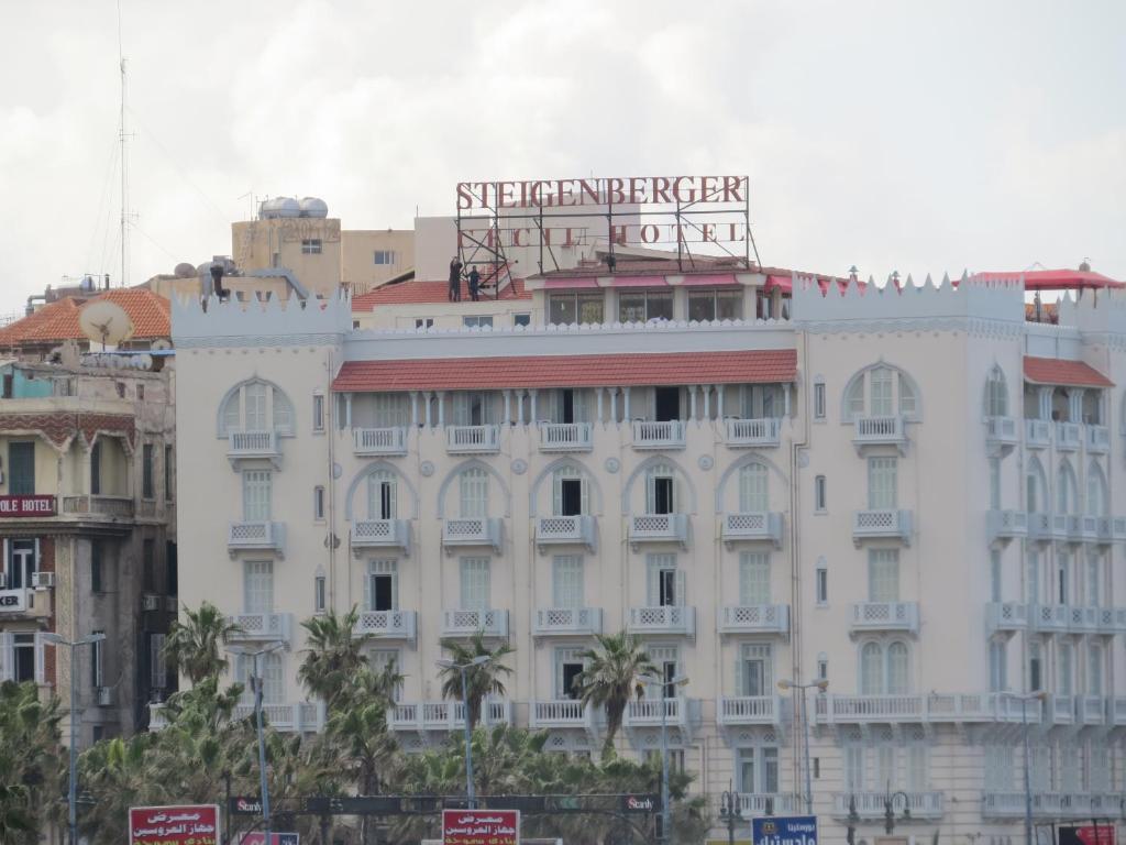 Estaré solito un hotel en Alexandria ciudad 9361