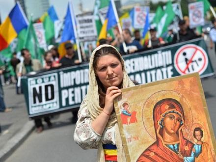 Mujeres lesbianas rumana en Presidencia 4933