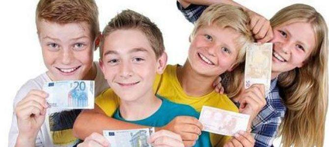 Pago a nene d uns 18 años k kiera dinero o también do travajo 1656